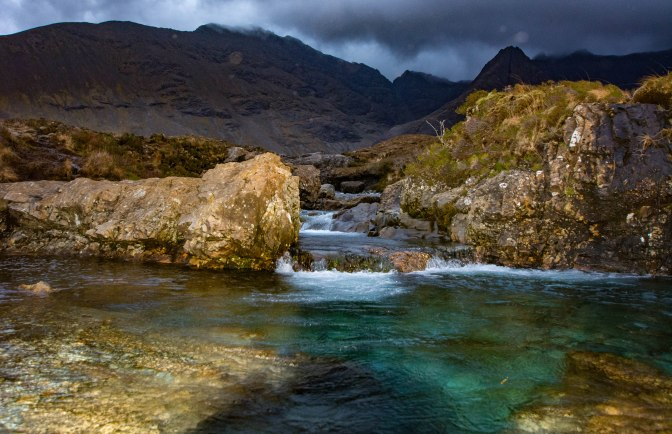 fairy-pools-bigger-pool-lioght-fading
