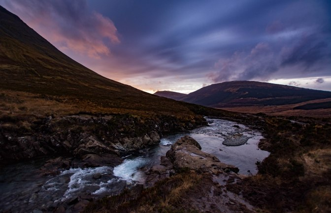fairy-pools-light-fading-fast-in-the-west