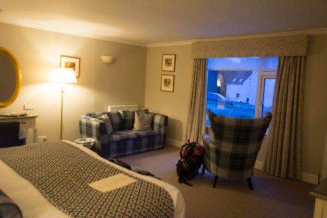 kinloch-bedroom