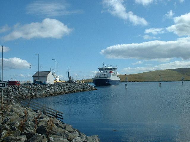 Toft_Pier,_Shetland_-_geograph.org.uk_-_6335